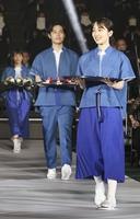 東京五輪表彰式の衣装が公開。。