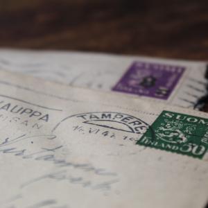 【国際郵便EMS】イタリアへお菓子を送ってみた!記入方法は?