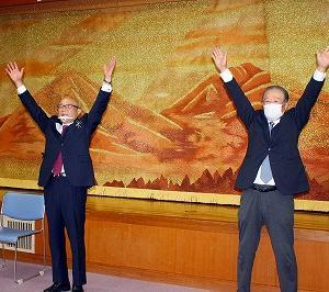 青木村長選で3選した北村政夫氏(78)の「後援会」が「当選報告会」を開く!