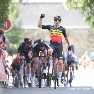 ツアー・オブ・ブリテン第1ステージ、開幕からワウト・ファンアールトが絶好調の勝利