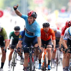 イネオスの絶好調男、ステージ2勝目でファンアールトから1日で総合奪還、ツアー・オブ・ブリテン第5ステージ