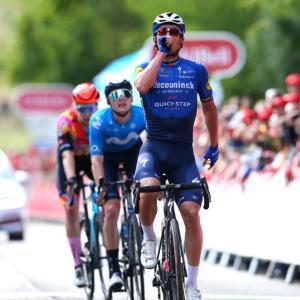 逃げ切り成功!イヴ・ランパールトステージ勝利。ツアー・オブ・ブリテン第7ステージ