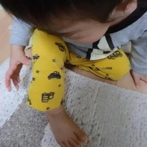 【1歳4ヶ月】痛いの痛いのは本当に飛んでいくと思っているサンオくん。