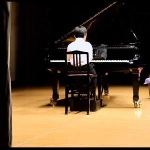 長男7才、ピアノの発表会で弾いた曲と服装。