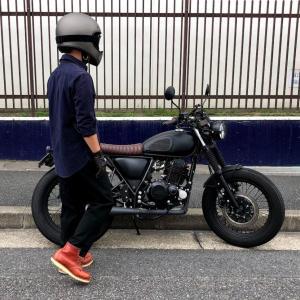 バイク乗りのコーデ36例目 ミリタリーシャツを使ったコーデ