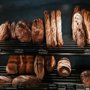 【マツコの知らない世界】「ローカルパン(ご当地パン)」回が話題!マリトッツォ超え?長野・牛乳パンも!【ゴスペラーズ酒井】