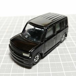 1095 トミカ No5(2000) トヨタ bB(初代) 黒