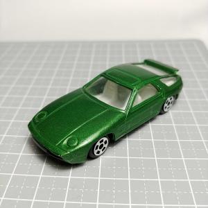 1100 メーカ不明 ポルシェ 928風 緑メタリック