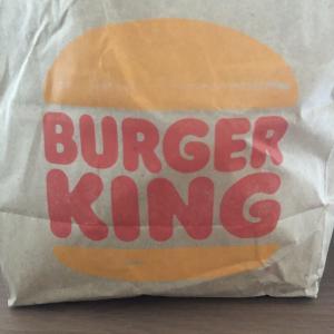 バーガーキングの朝ごはんを食べる
