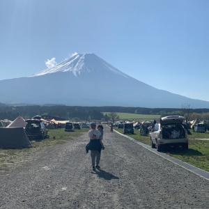初めてのふもとっぱらでのキャンプは修行のような天候、翌朝には圧倒的な富士山を拝めました