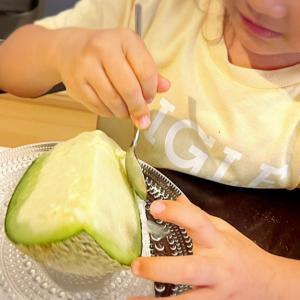 【子供も喜ぶ】夢の丸ごとメロンを使ったテンション上がるグルテンフリーレシピ