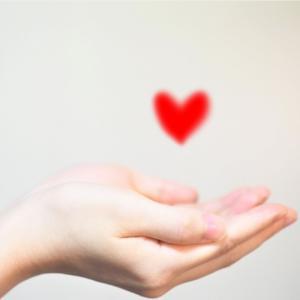 心で感じている事を大切にして、生きることは、心(自分)が喜び、にこにこになります