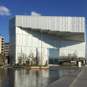 新しくリニューアルされたオスロの図書館
