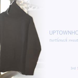 韓国ブランド「UPTOWNHOLIC(アップタウンホリック)」のタートルネックセーター デイリー・カジュアルからオフィス・カジュアルまで