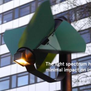 「必要なときだけ点灯する」無駄を極限まで排除した風力発電式の街路灯「PAPILIO」が登場