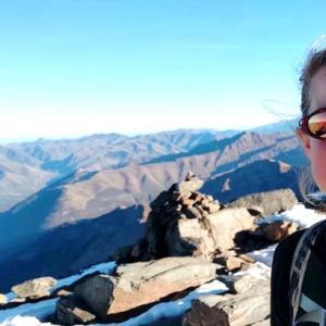 ハイカーの女性が1人で山歩き中に失踪、約9カ月後に行方不明地点近くで人骨が発見される