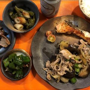 週末の「収穫」と、収穫野菜を使った「男料理」(豚バラとなすのスタミナ炒め他)