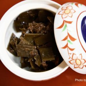"""めんつゆを使った材料で作る「昆布のつくだ煮」""""Tsukudani of kelp"""" made from ingredients using mentsuyu"""