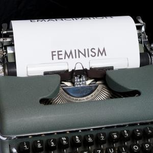 """【フェミニズム】田嶋陽子氏「今の日本の女性も""""女らしさの呪縛""""を押し付けられている」"""