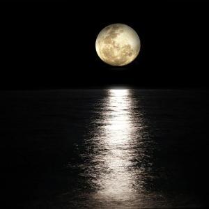 【速報】おまえら月がきれいだ【ストロベリームーン】