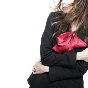 【兵庫】女子生徒に「下着は白がセクシー」、60代男性教諭を戒告処分
