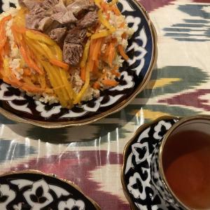 ウズベキスタン料理のプロフ