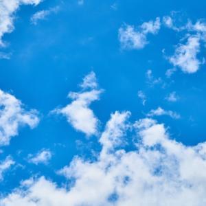 梅雨でも青と夏