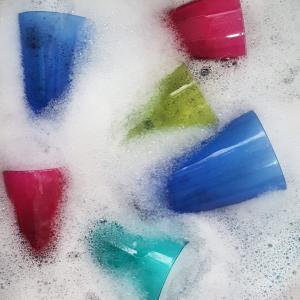 コップの水垢汚れを簡単に落とす方法