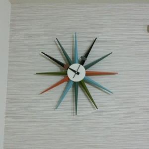 Room2:どんなインテリアにも似合う時計。ジョージネルソンの「サンバーストクロック」のススメ。