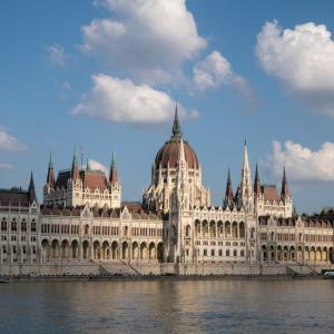 ブダペスト観光 〜世界一美しい国会議事堂?〜