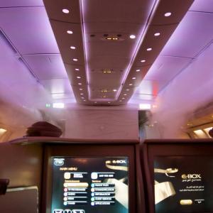 Etihad Airways (エティハド航空) EY878 (アブダビ → 東京成田) ビジネスクラス搭乗記