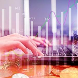 Webライターの年収の相場は?高収入Webライターの特徴も紹介
