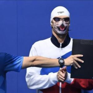 猫柄マスクに世界が注目!愛猫家のロシア(ROC)競泳男子100メートル背泳ぎ金メダリスト、エフゲニー・リロフ選手
