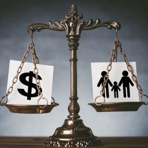 子供3人 養育費 離婚裁判の恐ろしさ 養育費算定表で全てが決まる! 離婚は協議離婚が一番です。