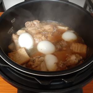 アイリスオーヤマ電気圧力鍋 鶏手羽元と厚揚げの煮物