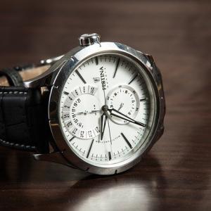 腕時計の電池交換はどこでする?家電量販店、メーカー意外なところでも交換可能!