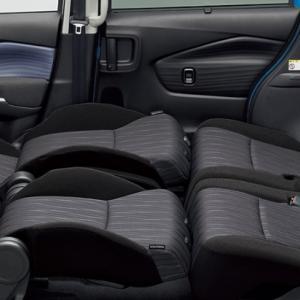 ソリオバンディットに車中泊用の板を付ける。