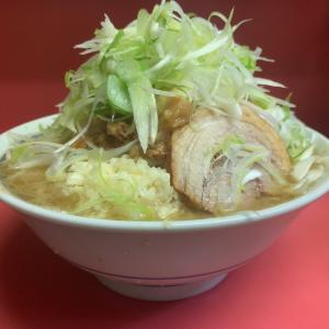 [二郎 桜台駅前店] ラーメン好きよ集まれ。 乳化したスープにデロ麺が最高に合う、おすすめのラーメンをレビュー!ルールや並び方もしっかり解説!