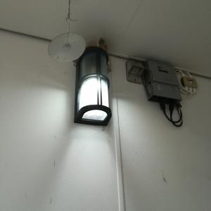外灯の修理