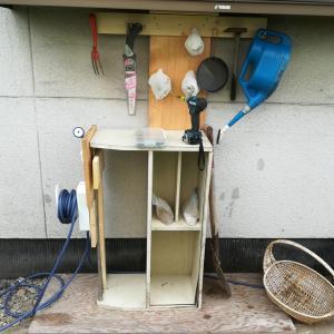 庭の散水栓と道具箱の整備
