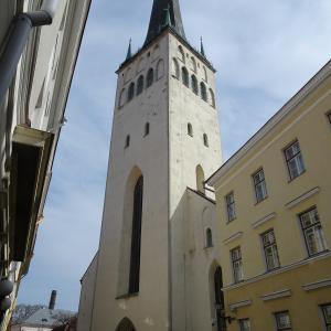 バルト三国旅行記8 【エストニア編】タリン旧市街の絶景を見る最高の場所!聖オレフ教会