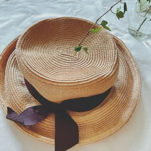 【40代コーデ】今年の夏毎日被っていた麦わら帽子。夏の紫外線から髪の毛と頭皮を守り夏のコーデのアクセントにもなります♩