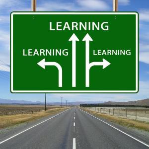 学生のときに知りたかった:英語・会計・ITスキルは必要?どう勉強するか?