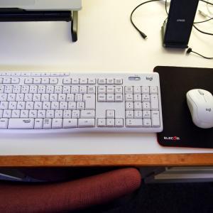 パソコンデスクを綺麗にするために導入した物一覽