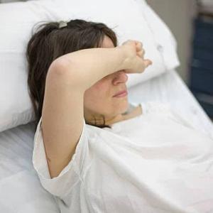 「1年に2回出産」妊娠中の光上せあらさん、娘の強烈な風邪が「しっかりうつる」