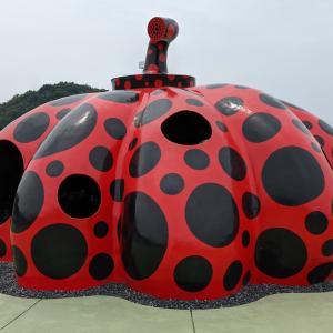 【観光ルート紹介】直島観光は車よりもレンタサイクルで!かぼちゃも良いけど、地中美術館がオススメ!