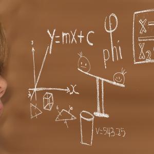 【リケジョの素質あり?】どうやったら算数好きになれる?疑問しかない【母憧れの理系女子】