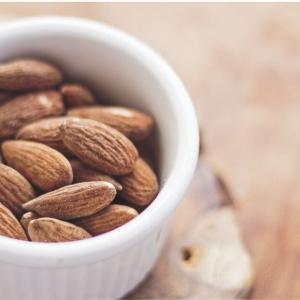 【お気に入りレビュー】アーモンドの魅力を語る、体の何%はナッツでできてます!