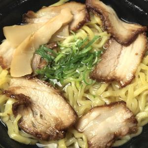 ローソンの『坂内食堂監修 喜多方ラーメン(530円)』を電子レンジで食べてみた。