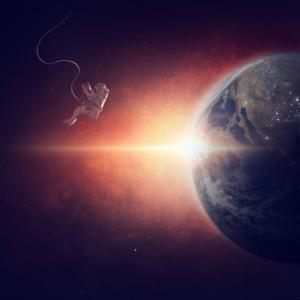 【つぶやき日記】ママの腰痛は宇宙空間で解決されるのか